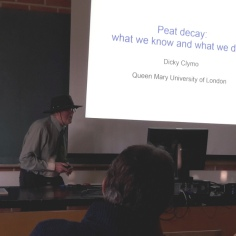 Prof. Clymo delivering his presentations at the Hyytiälä peatland conference.