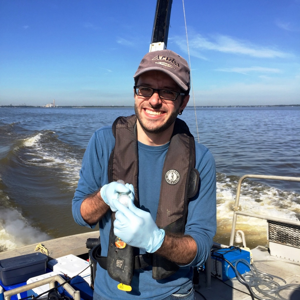 Filtering for DNA and ambient nutrients in the field (Lake Erie)